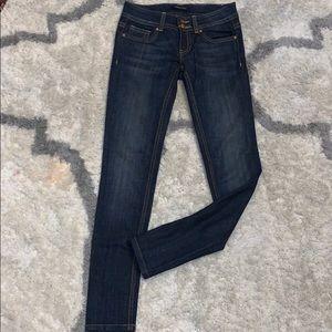 Vigoss jeans women's size 0/25 skinny leg?